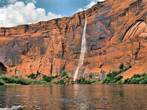 page arizona lake powell  glen canyon national recreation area