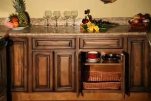 rustic kitchen furniture pecan maple glaze kitchen cabinets rustic finish sle