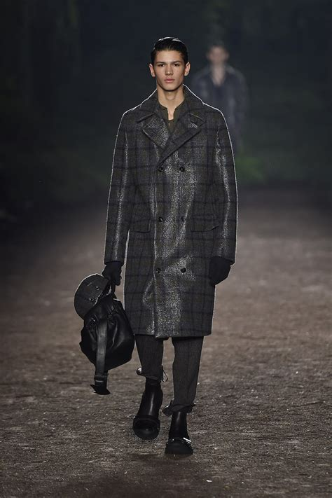Mens What To Wear Couture In The City Fashion by Ermenegildo Zegna Couture Fall Winter 2015 16 S