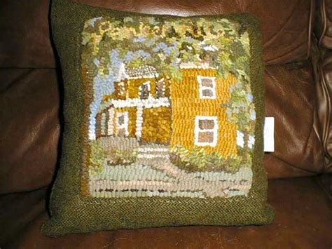 finishing a hooked rug the easiest way to finish a hooked pillow cindi rug hooking