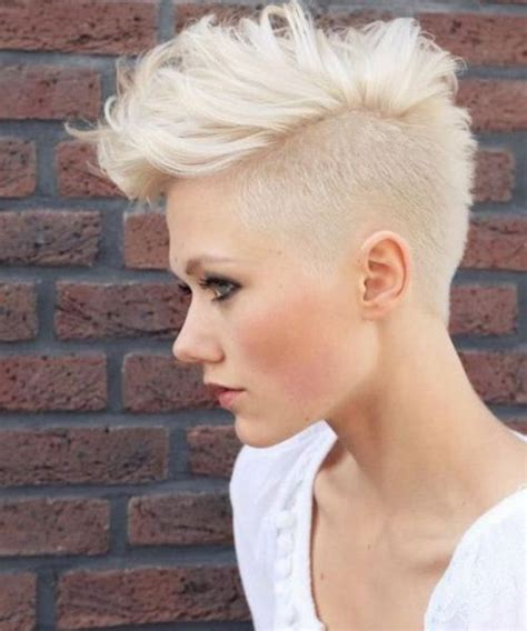 haircuts for hair shoter on the sides than in the back 25 best ideas about shaved side hairstyles on pinterest
