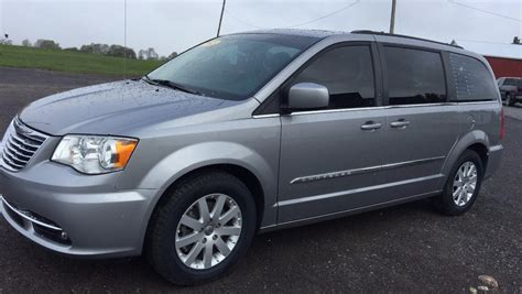 Town And Country Chrysler by 2015 Chrysler Town And Country Bellers Auto
