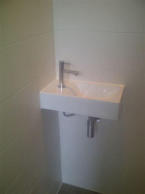 Toilet Renoveren Zwolle by Installatietechniek Amsterdam