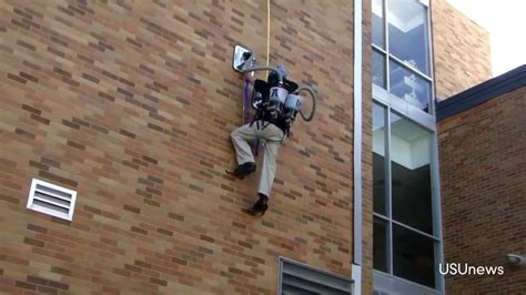 stick things to wall students at utah state create spider pack that can