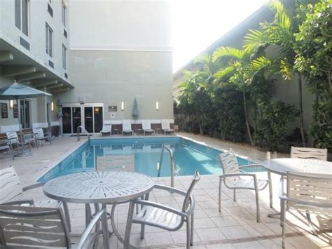 comfort inn suites miami north outside hotel picture of comfort suites miami airport