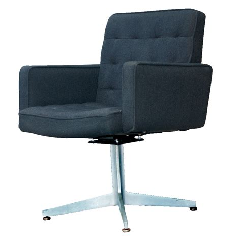 swivel arm chairs 2 gf executive swivel lounge arm chairs ebay
