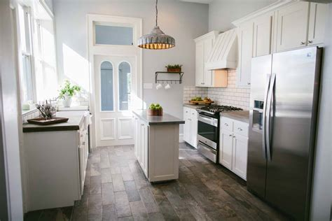 One 12 Kitchens by Fixer Season 1 Episode 12 Kitchen The Weathered Fox