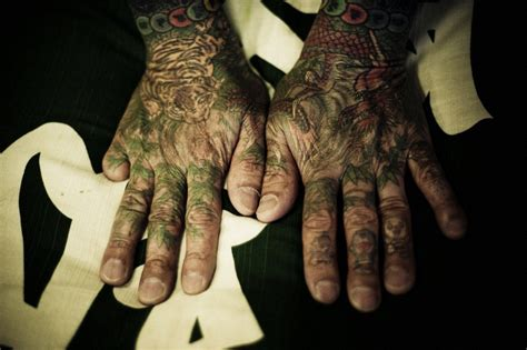 tattoo dragon in hand hand tattoos best tattoo ideas gallery part 9