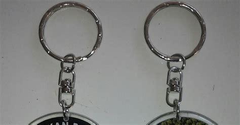 Jual Resin Acrylic Jakarta supplier acrylic jakarta gantungan kunci vinyl