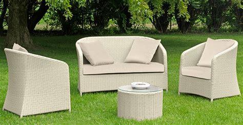 divanetti da esterno poltrone sdrai o divanetti da giardino l arredo pi 249
