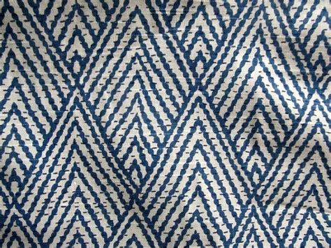 Pattern Upholstery Fabric by Best 25 Ikat Fabric Ideas On Ikat Ikat
