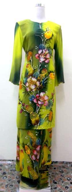 Baju Kurung Batik Lukis baju sutera naimah batik lukis