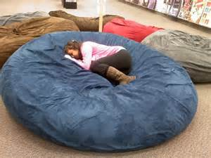 how to make a bed pillow huge pillow bed at galleria mall best thing ever let