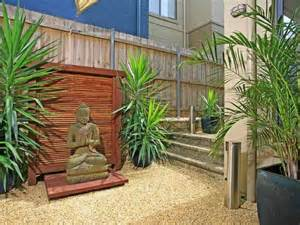 Small Backyard Designs Australia by Un Jardin Sans Entretien Ou Presque Astuces Et Id 233 Es