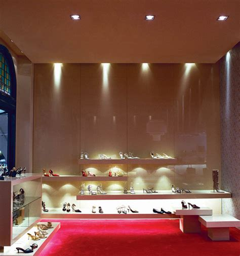 shoe boutique via condotti shoe boutique by greg natale sydney 187 retail