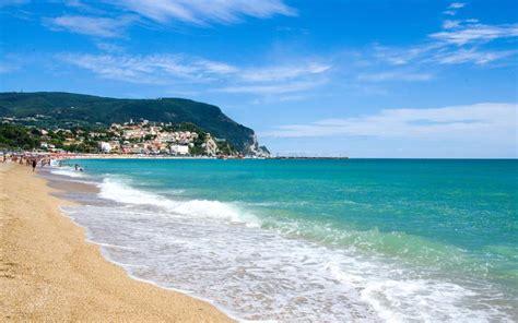 vacanze marche mare vacanze nelle marche per l estate 2017 guida alle
