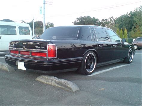 1997 lincoln towncar tama77ma533 s 1997 lincoln town car in tokyo