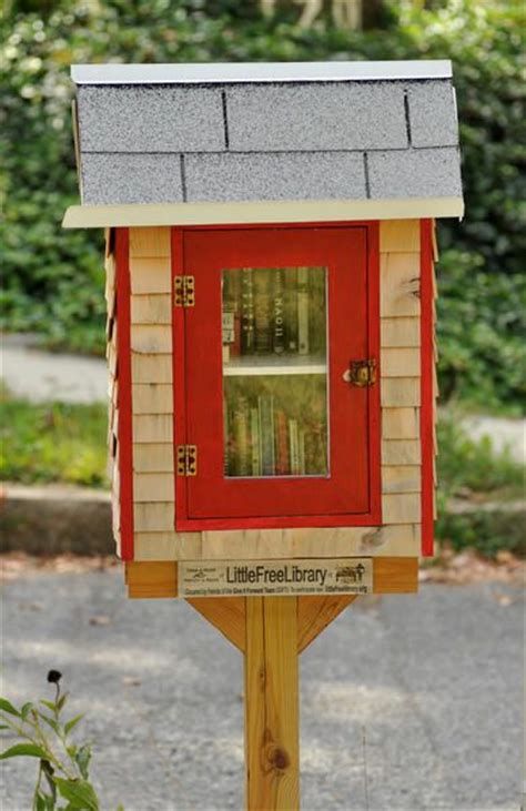 Canfield Post Office by 17 Best Images About Birdhouse Libraries On