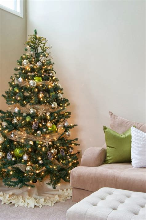 simple but beautiful christmas tree pictures 40 easy tree decorating ideas