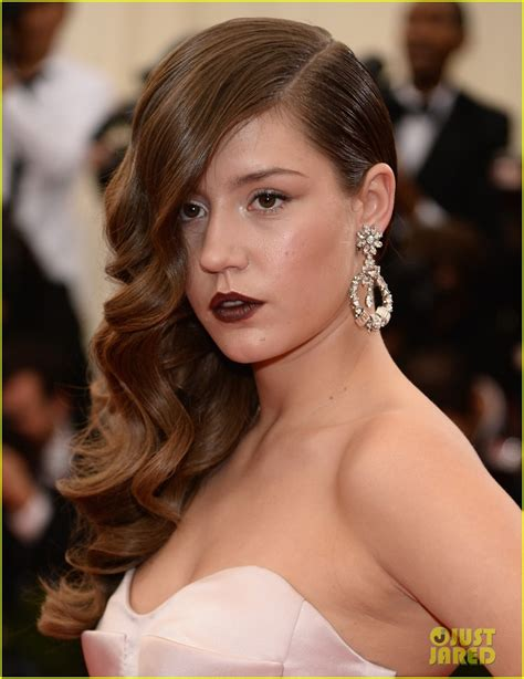 lea seydoux name pronunciation adele exarchopoulos is fabulously fierce at met ball 2014
