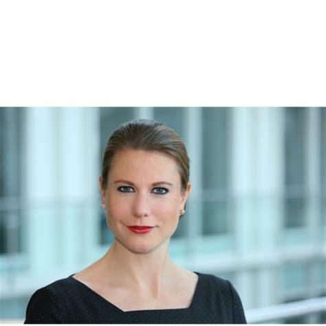 deutsche bank werkstudent sofie strom vice president deutsche bank
