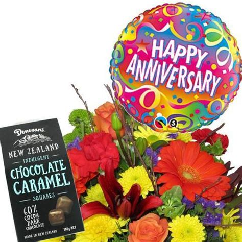 Wedding Anniversary Gift Delivery by Wedding Anniversary Gift Package Free Flower Delivery