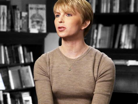 chelsea manning chelsea manning in vogue the fashion star we never knew