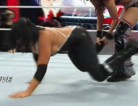 pics gifs of your favourite divas thread page 23