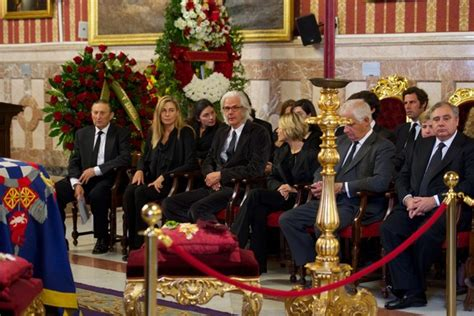 eugenia martinez de irujo photos duchess of alba funeral