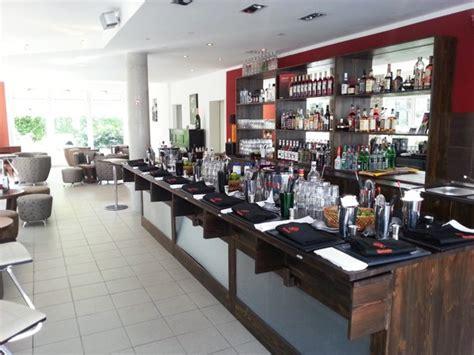 Mit Freundlichen Grüßen Nach München Schicke Bar Mit Cocktail Kursen In M 195 188 Nchen Mieten Partyraum Und Eventlocation Partyraum