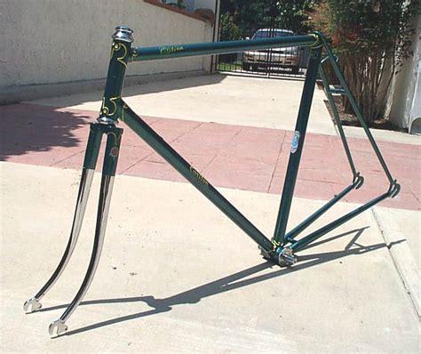 Fahrradrahmen Lackieren Lassen by The Carlton Restoration Project