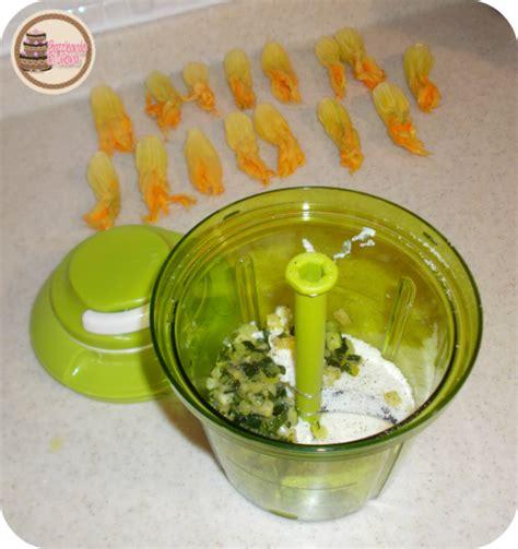robottino cucina bazzicando in cucina fiori di zucca ripieni
