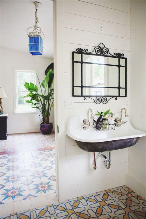 Modern Vintage Bathroom by 17 Best Ideas About Modern Vintage Bathroom On