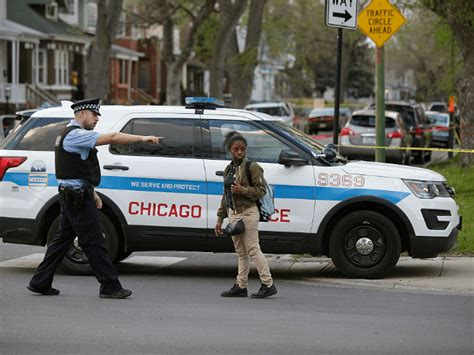 killed in chicago 2016 chicago s bloody memorial day 66 shot 6 killed breitbart