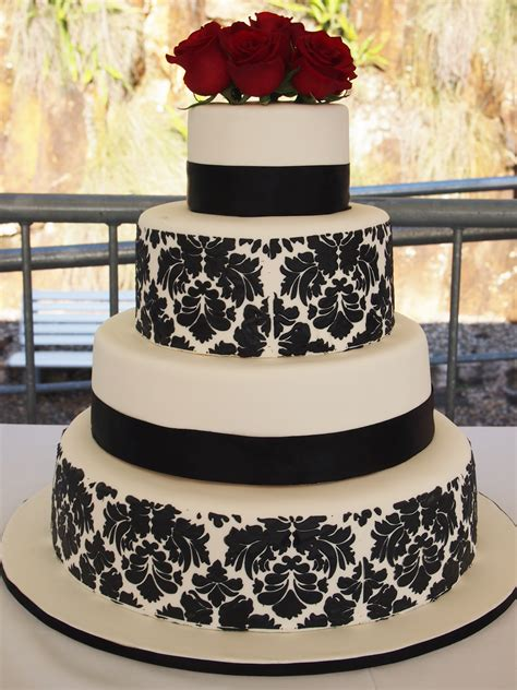 black pattern cake black and white damask wedding cake confessions of a