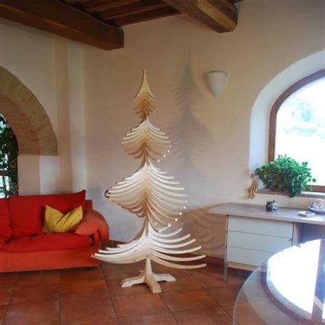 albero di natale in casa dopo le nozze ci regaliamo un arredo wood idea