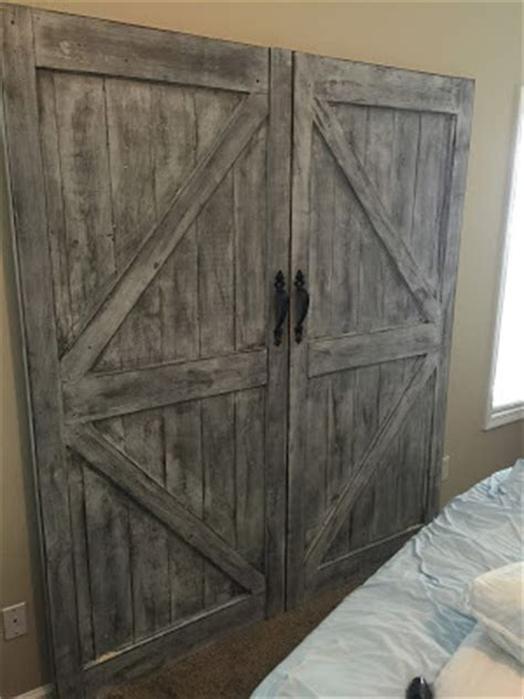 Cheaper And Better Diy Barn Door Headboard And Faux Barn Faux Barn Doors