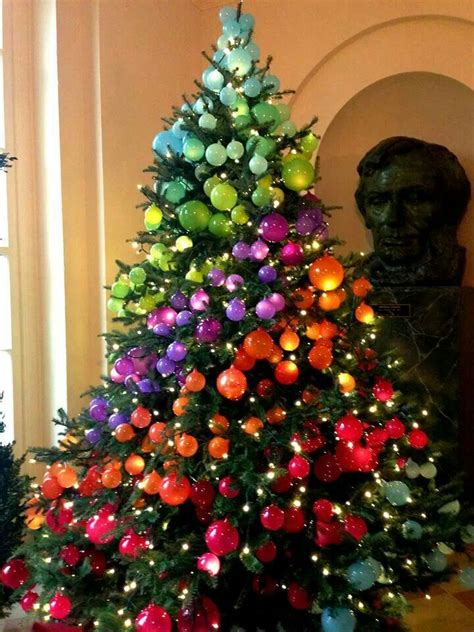 rainbow christmas tree zah casa pinterest