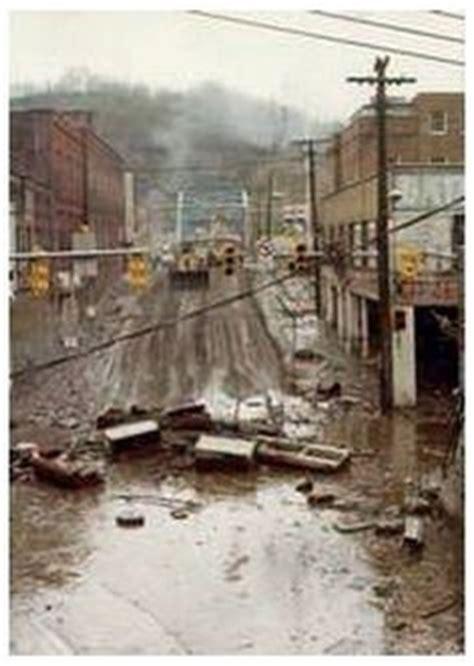 Locked Photo T Shirt Hurley williamson wv 1977 flood harvey bridge looking