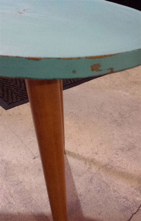 how to distress a coffee table distressed coffee table diy 183 how to make a coffee table
