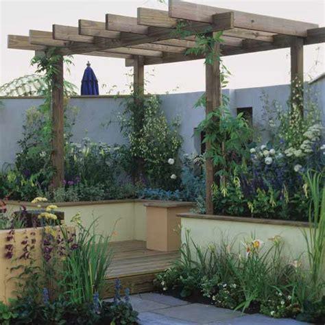 ideas  townhouse gardens     ideal home