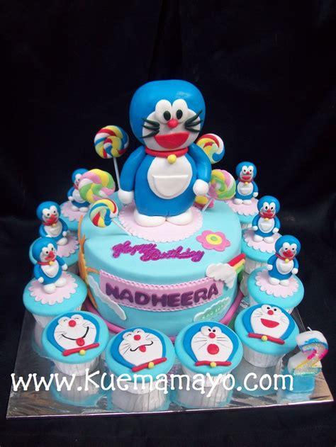 Cetakan Kue Doraemon Dan Dorami doraemon b day cake nadheera mamayo