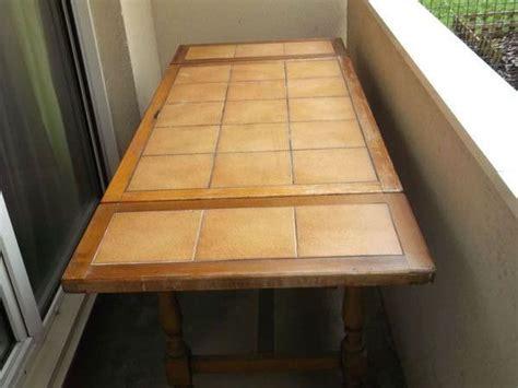 table de cuisine carrel馥 table cuisine bois massif clasf