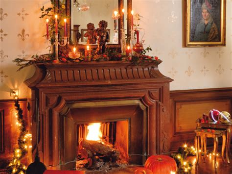 40 christmas fireplace mantel decoration ideas 40 christmas fireplace mantel decoration ideas