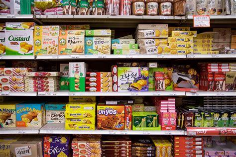 Korean Snack korean grocery shopping at kyopo market sweetandtastytv