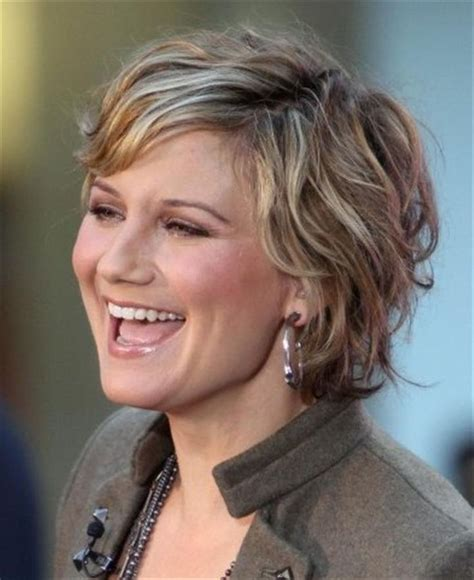 curly hairstyles for round faces over 40 bing very short haircuts for women with round faces