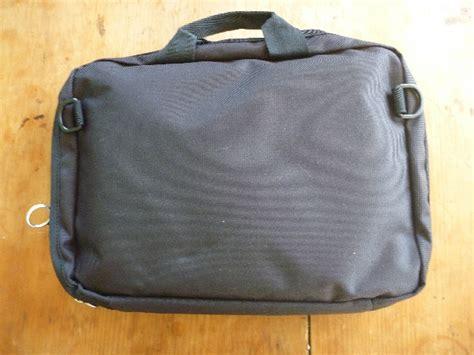 travel laptop desk trabasack mini laptop desk and travel bag review the
