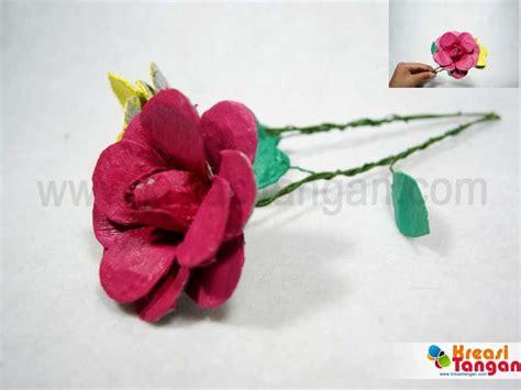 Bouket Bunga Rajut kerajinan tangan dari tempat telur kerajinan tangan