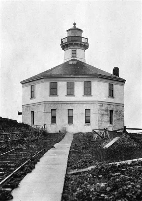 Eldred Rock Lighthouse, Alaska at Lighthousefriends.com