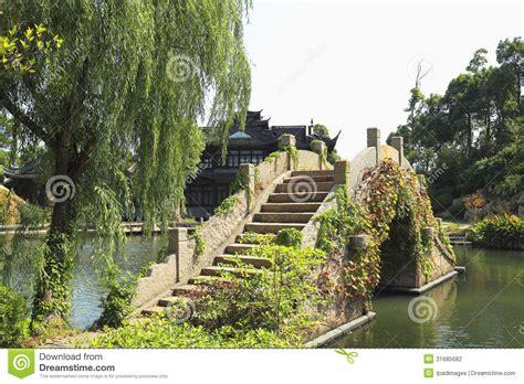 giardini cinesi giardini cinesi di vecchio ponte fotografia stock